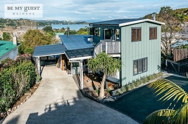 Parrot's Nest | Waiheke.co.nz